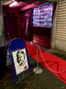 Punaista mattoa Teatteri Toivoon